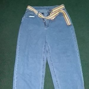"Denim - Vintage ""MOM"" Jeans"